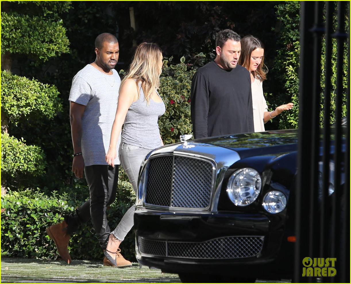 kim kardashian kanye west miami thanksgiving 033001972