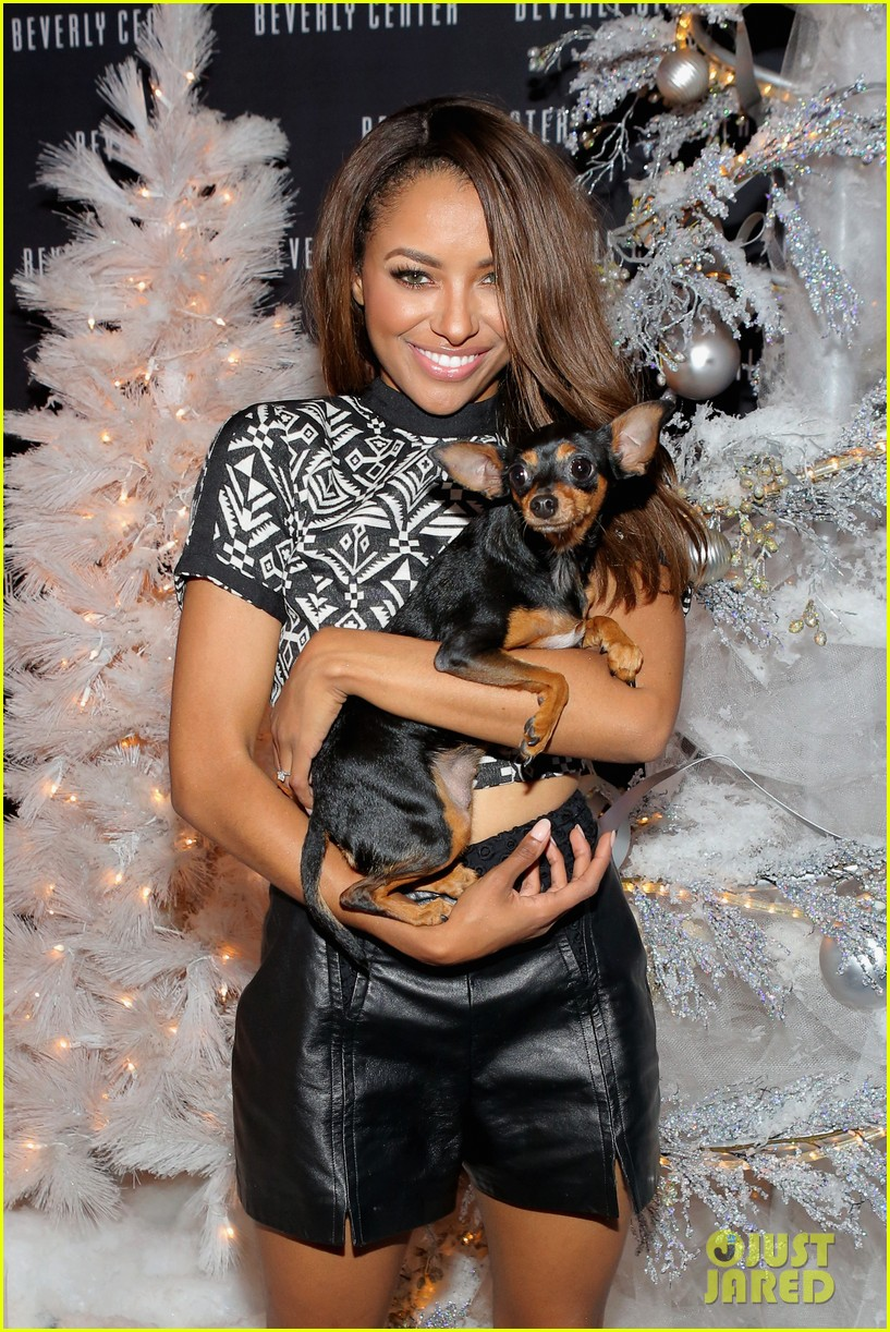 kat graham pet pup izzy beverly center pet portrait kick off 102993317
