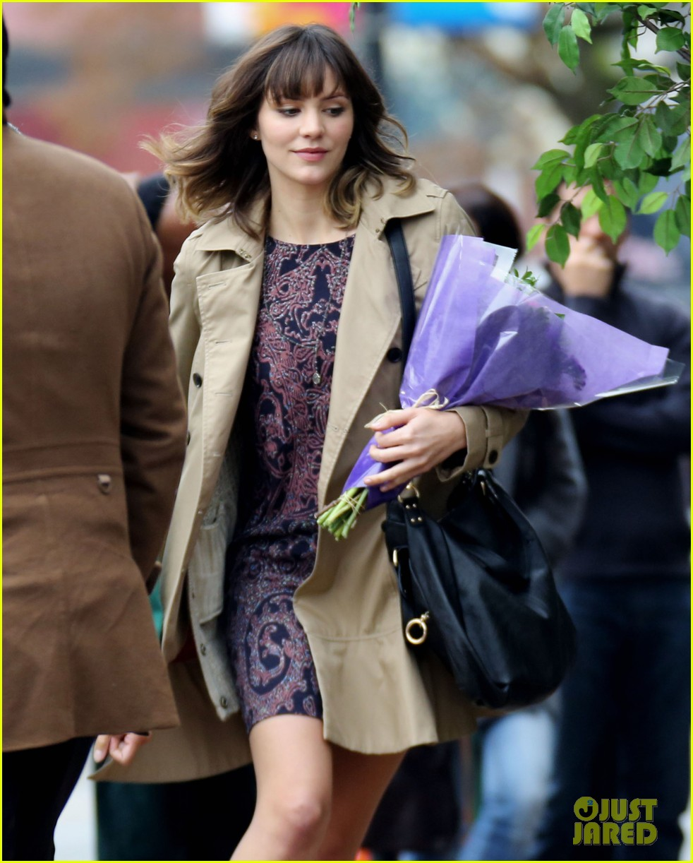 katharine mcphee gets to work on thanksgiving day 043002143