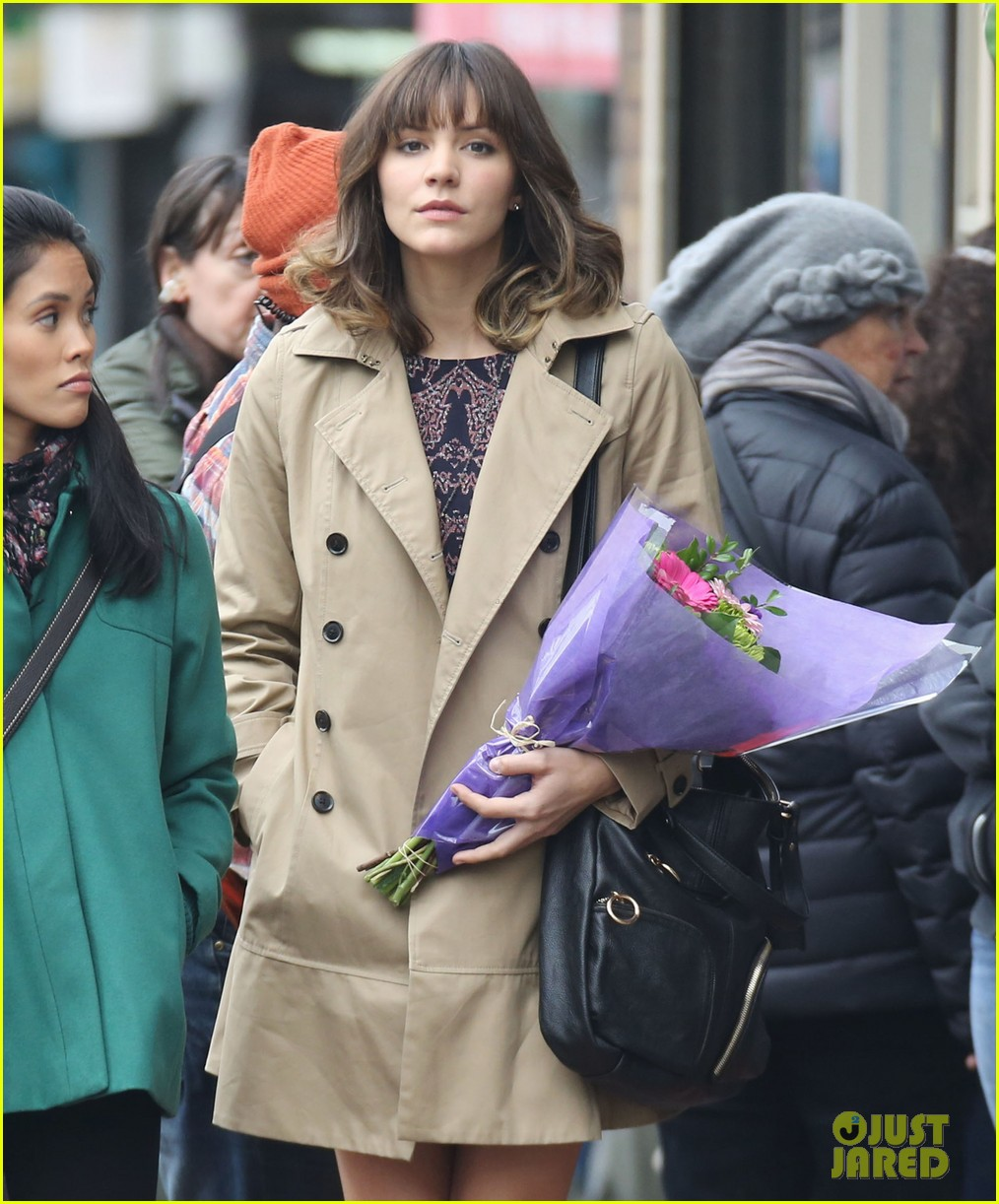 katharine mcphee gets to work on thanksgiving day 093002148