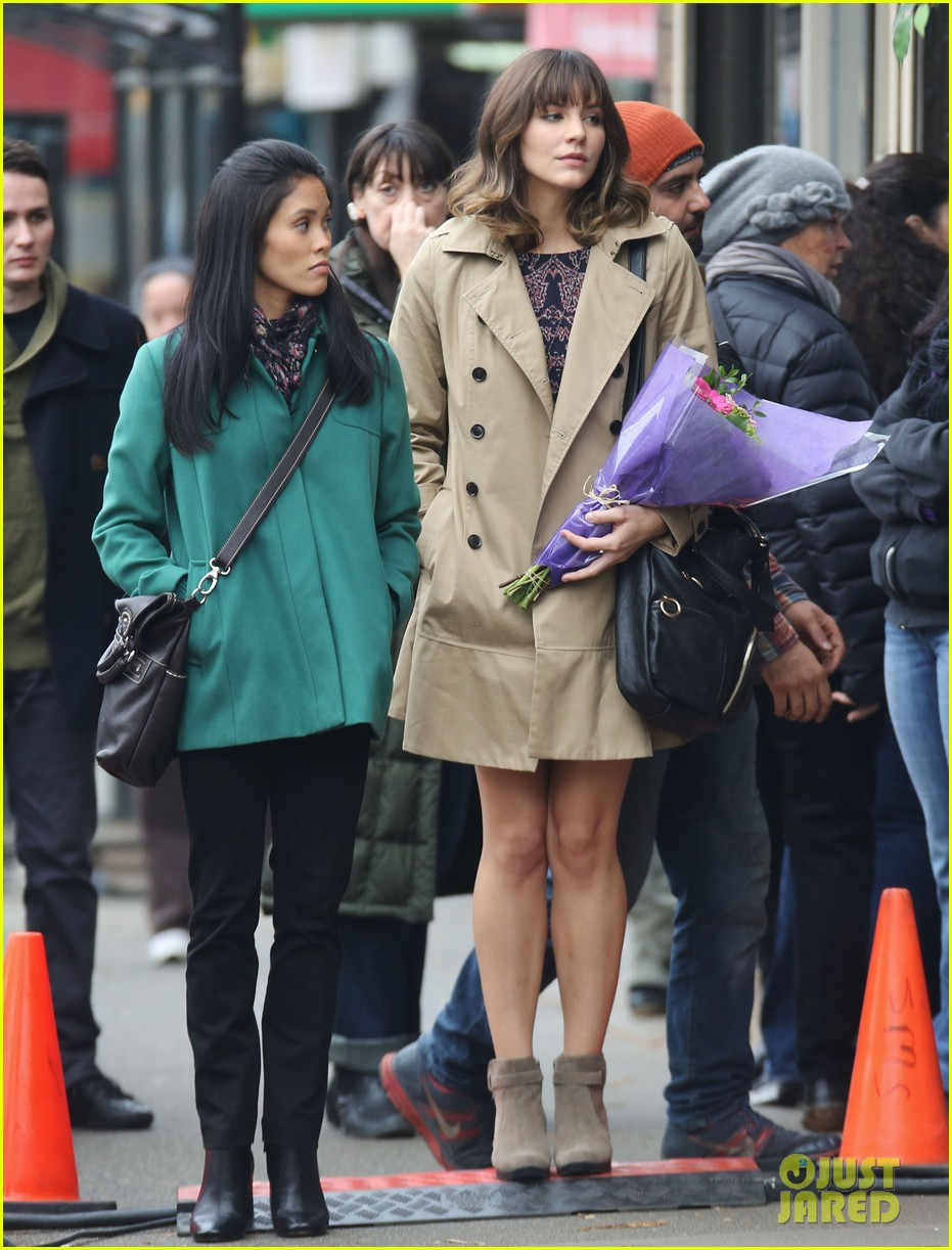 katharine mcphee gets to work on thanksgiving day 103002149
