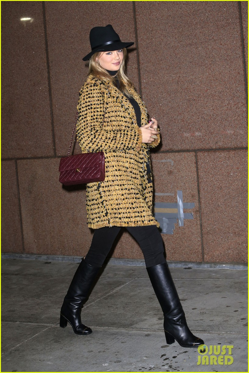 kate upton so happy cameron diaz joined twitter 042994902