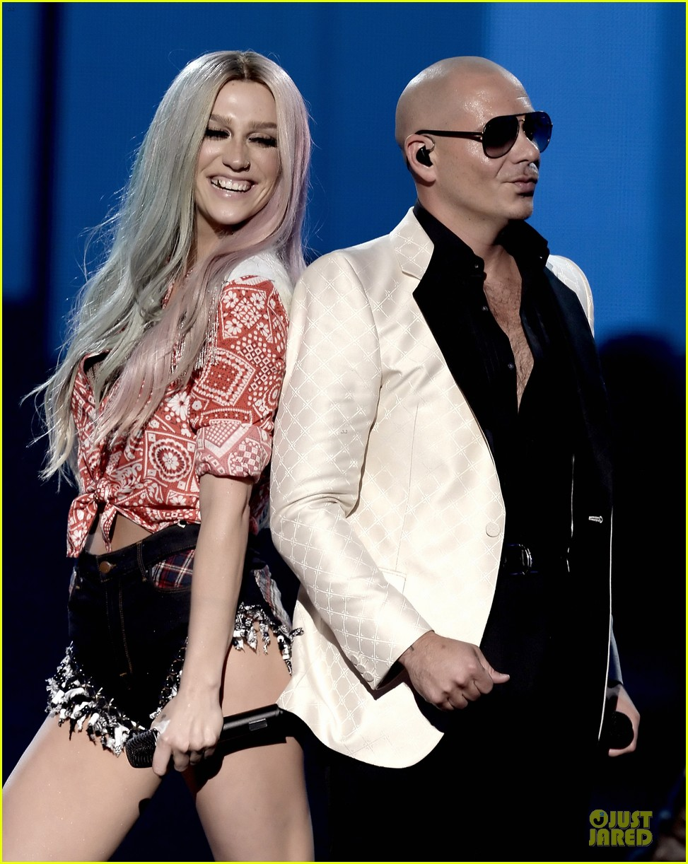 kesha pitbull timber amas 2013 performance video 09
