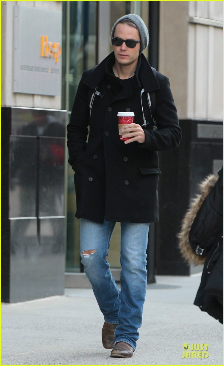taylor kitsch wraps week with coffee 042993886