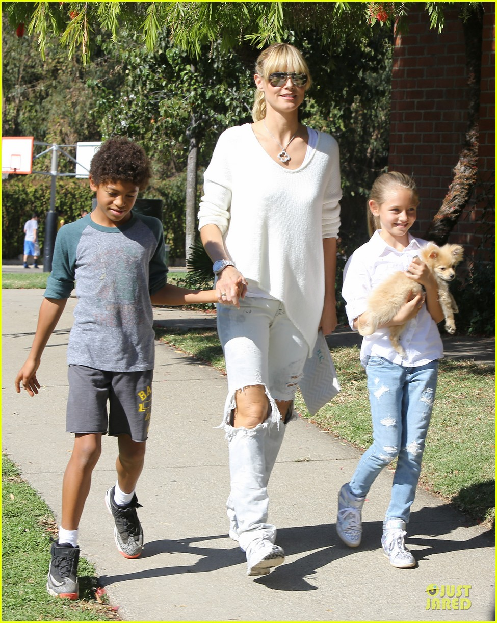 heidi klum martin kirsten going home after halloween party 15
