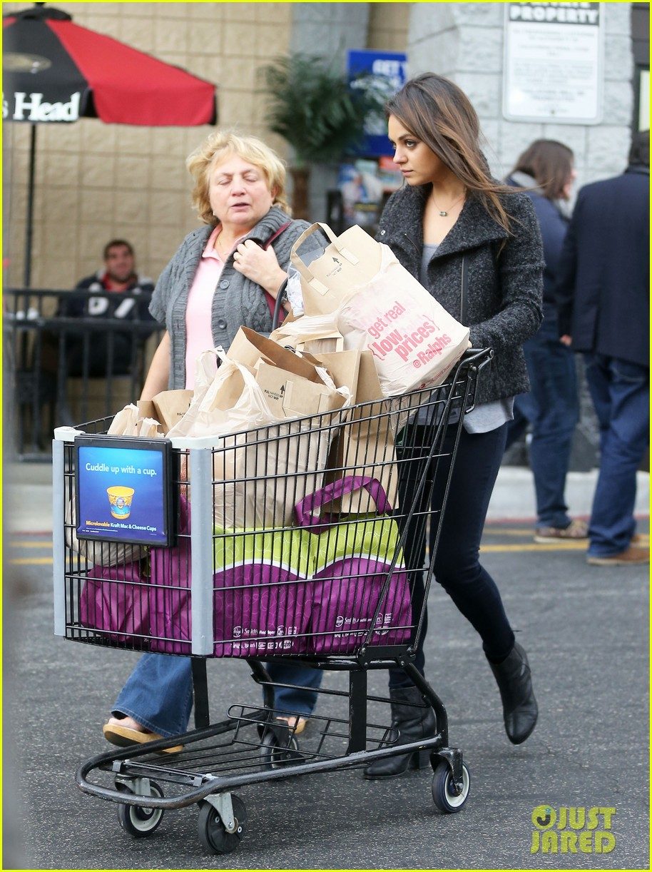 mila kunis shops amidst ashton kutchers walmart feud 052997290
