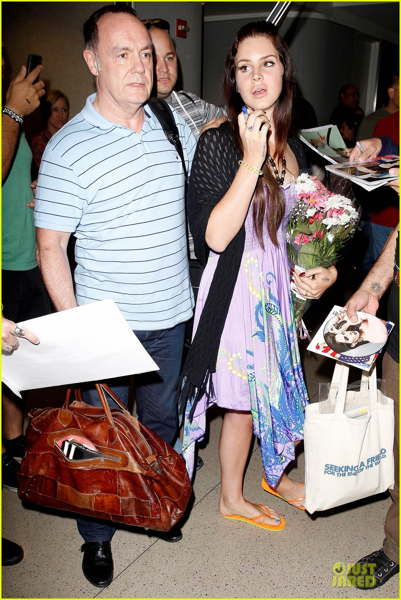 lana del rey receives flowers at lax airport 092994216