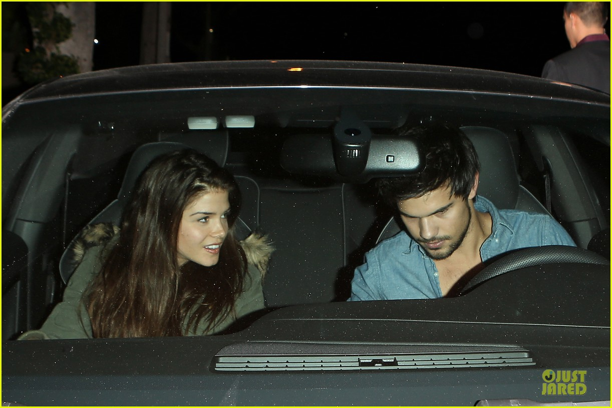 taylor lautner marie avgeropoulos lermitage dinner date 102998301