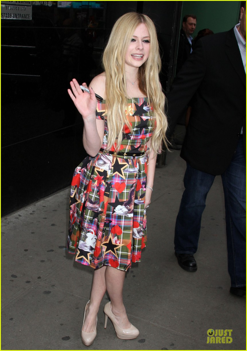 avril lavigne self titled record release party 05