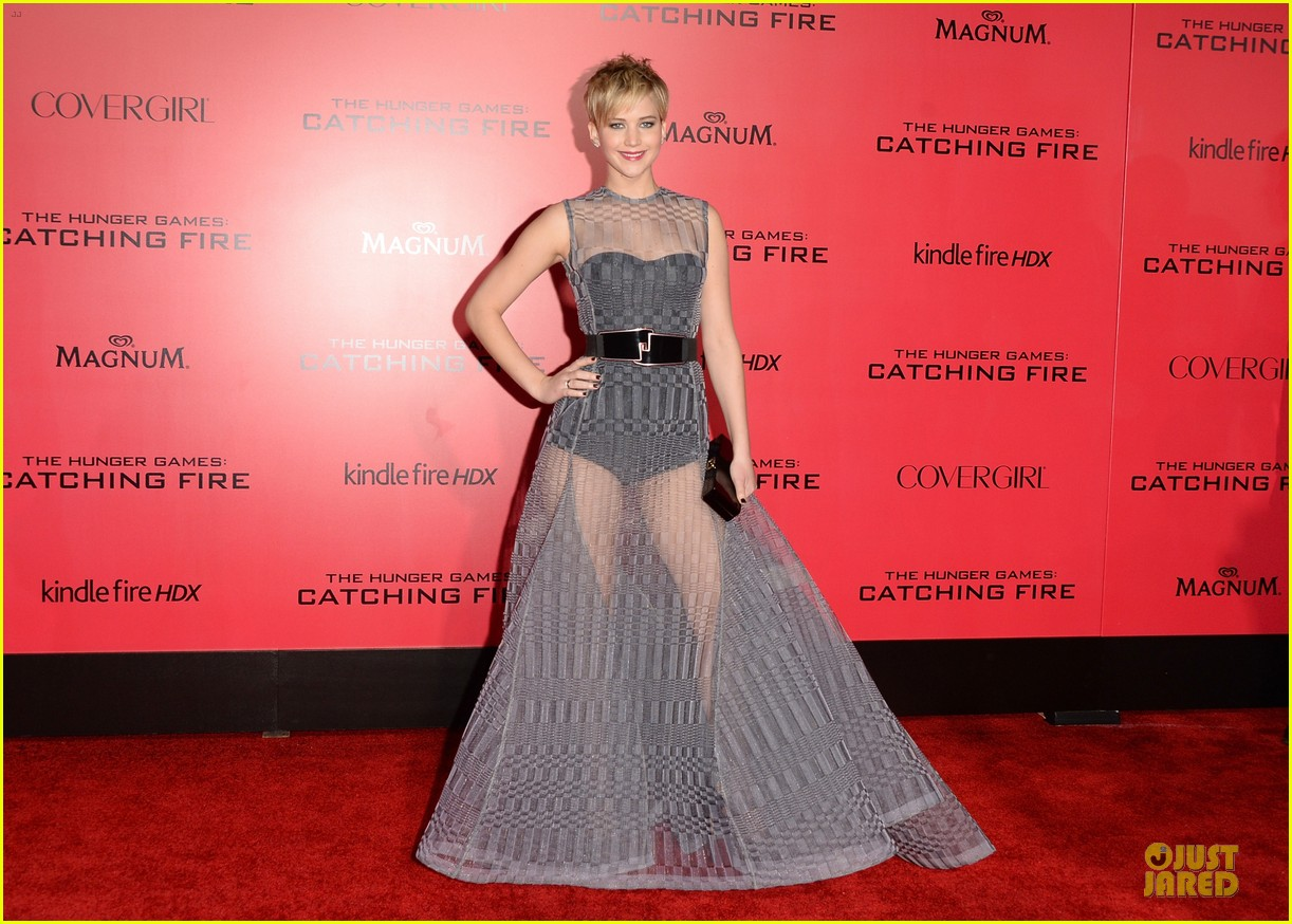 jennifer lawrence catching fire la premiere 032995700
