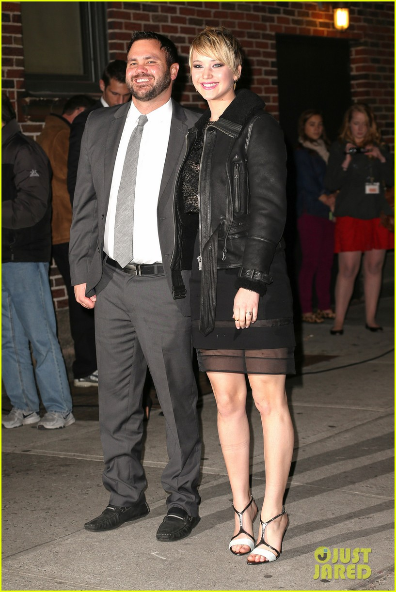 jennifer lawrence visits letterman with older brother ben 01