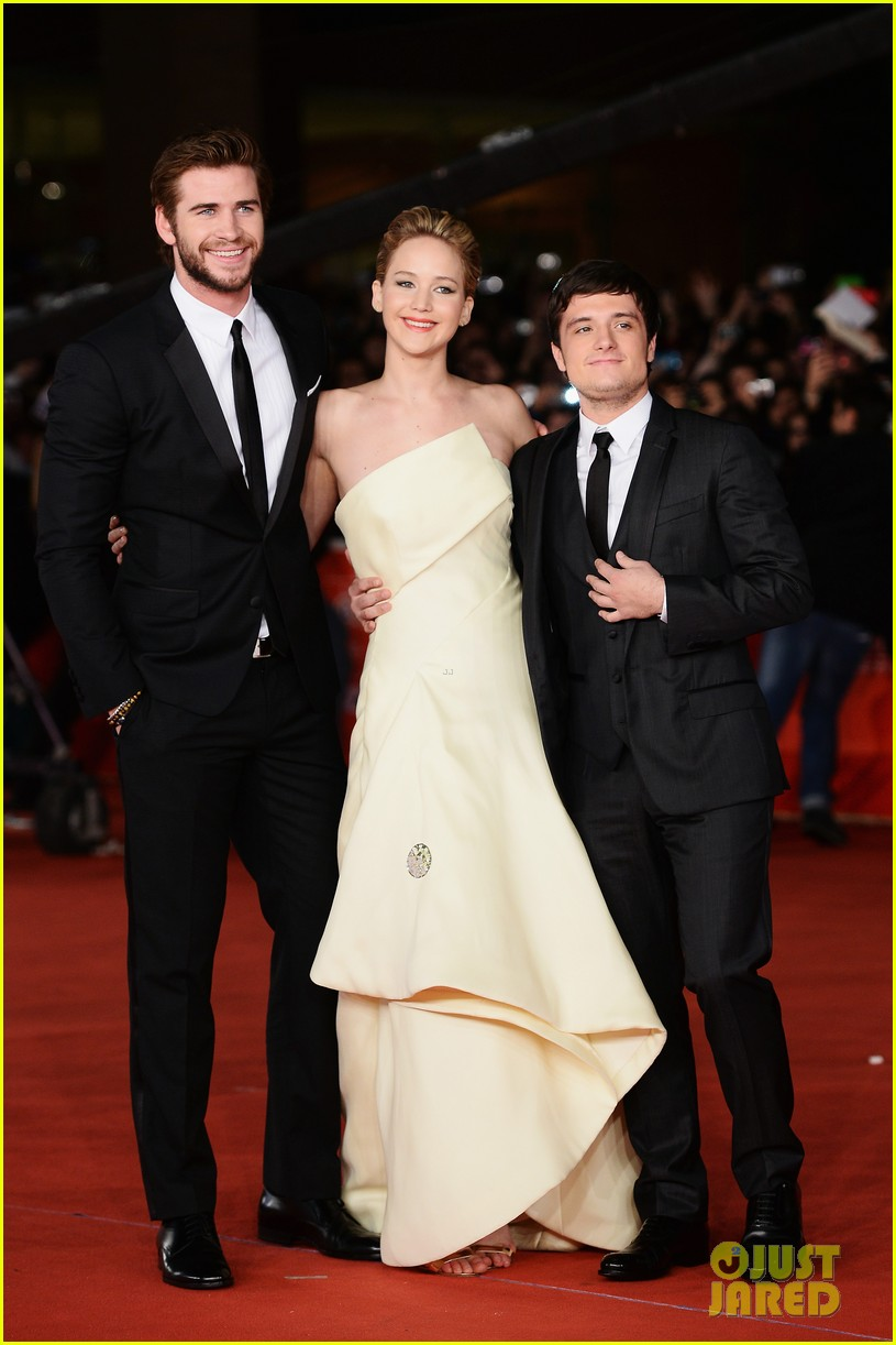 jennifer lawrence josh hutcherson catching fire rome premiere 032992720