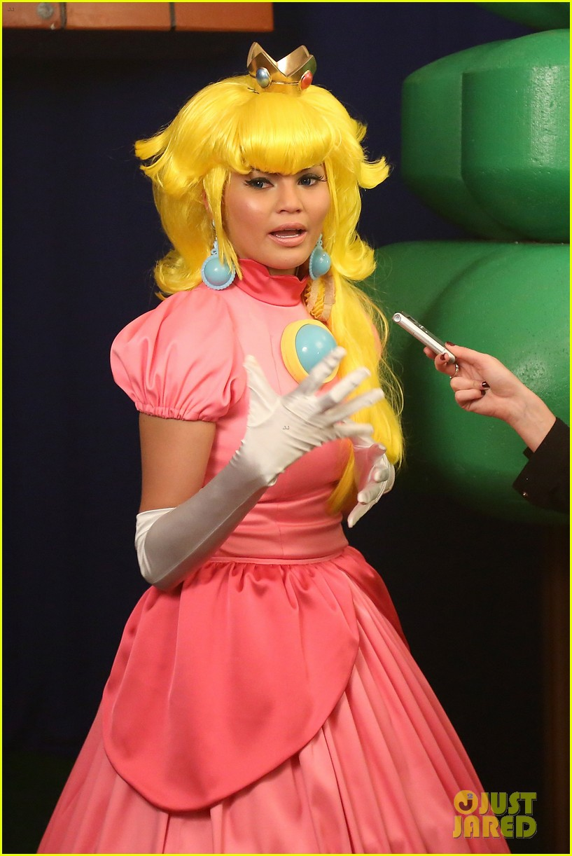 john legend chrissy teigen super mario bros birthday party 073001414