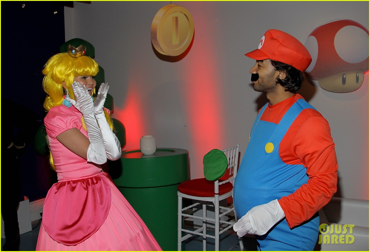 john legend chrissy teigen super mario bros birthday party 213001428