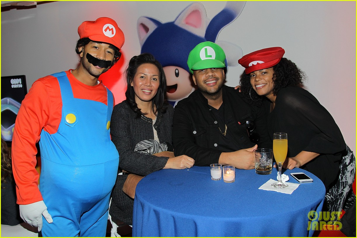 john legend chrissy teigen super mario bros birthday party 24