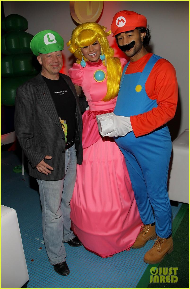 john legend chrissy teigen super mario bros birthday party 273001434