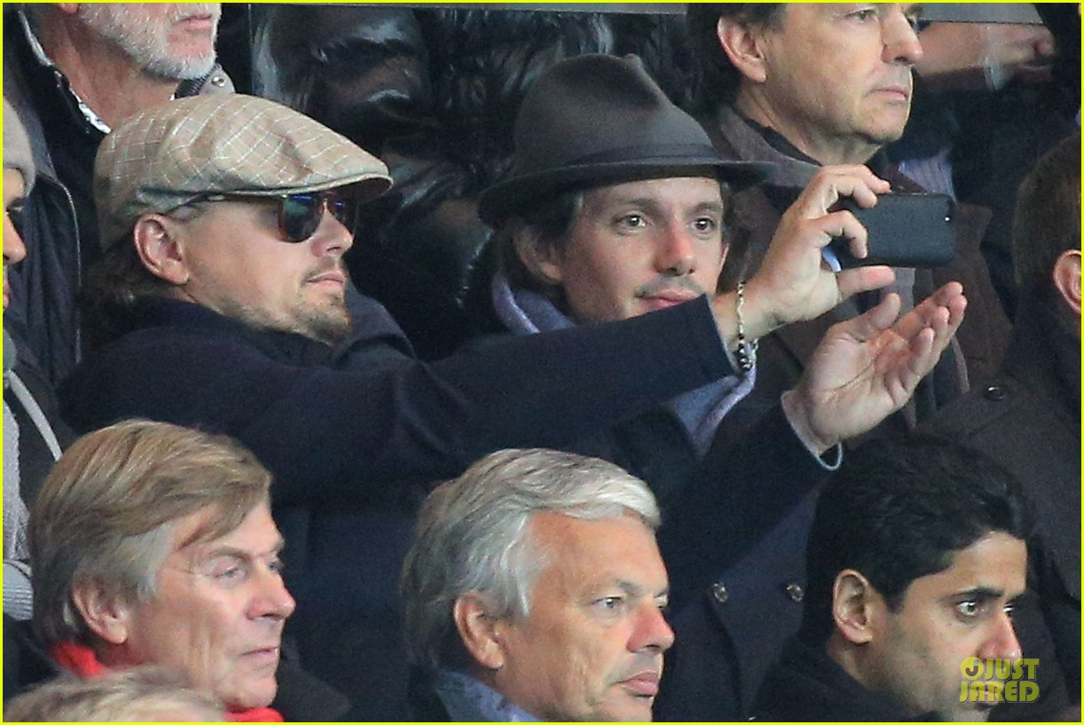 leonardo dicaprio paris soccer game with mom irmelin 082986690