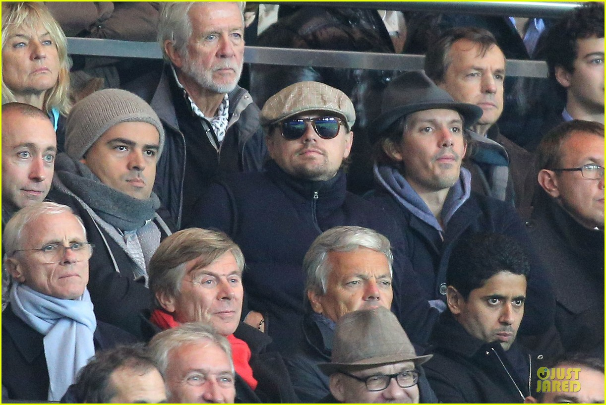 leonardo dicaprio paris soccer game with mom irmelin 112986693