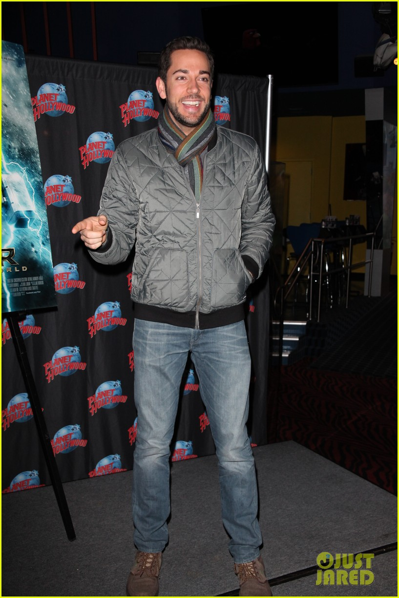 zachary levi planet hollywood handprint ceremony 012988535