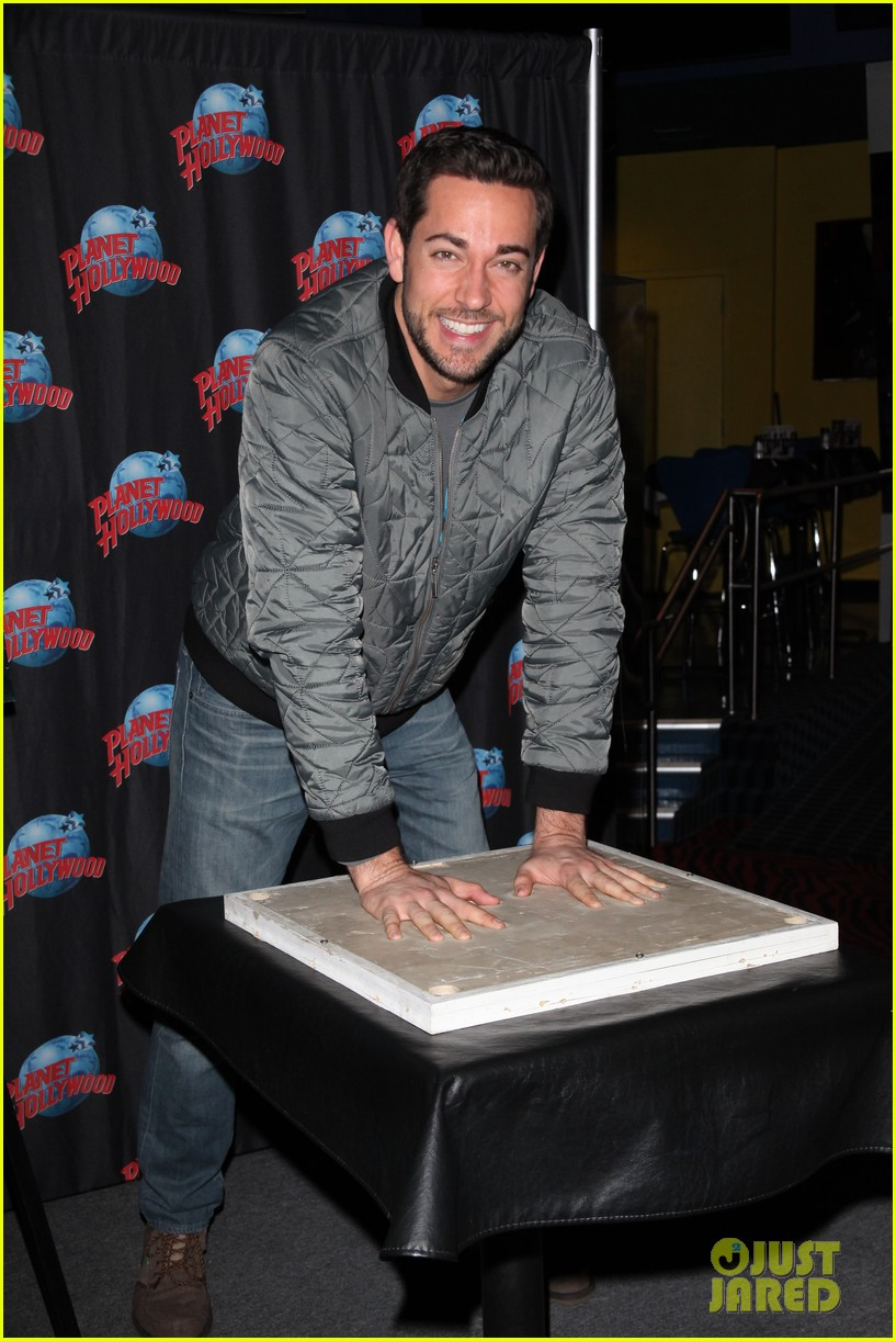 zachary levi planet hollywood handprint ceremony 09