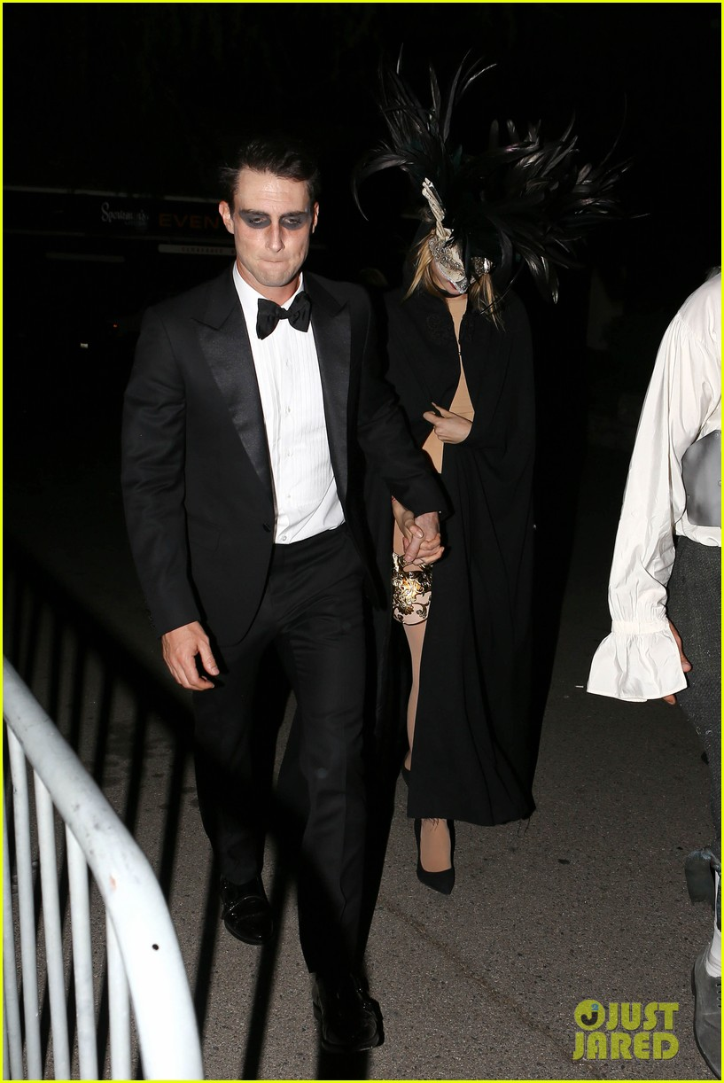 adam levine behati hold hands after hosting halloween party 092984196