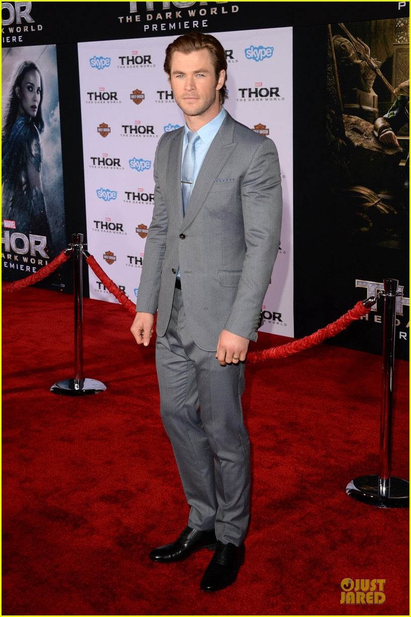 liam hemsworth supports bro chris at thor hollywood premiere 012986245