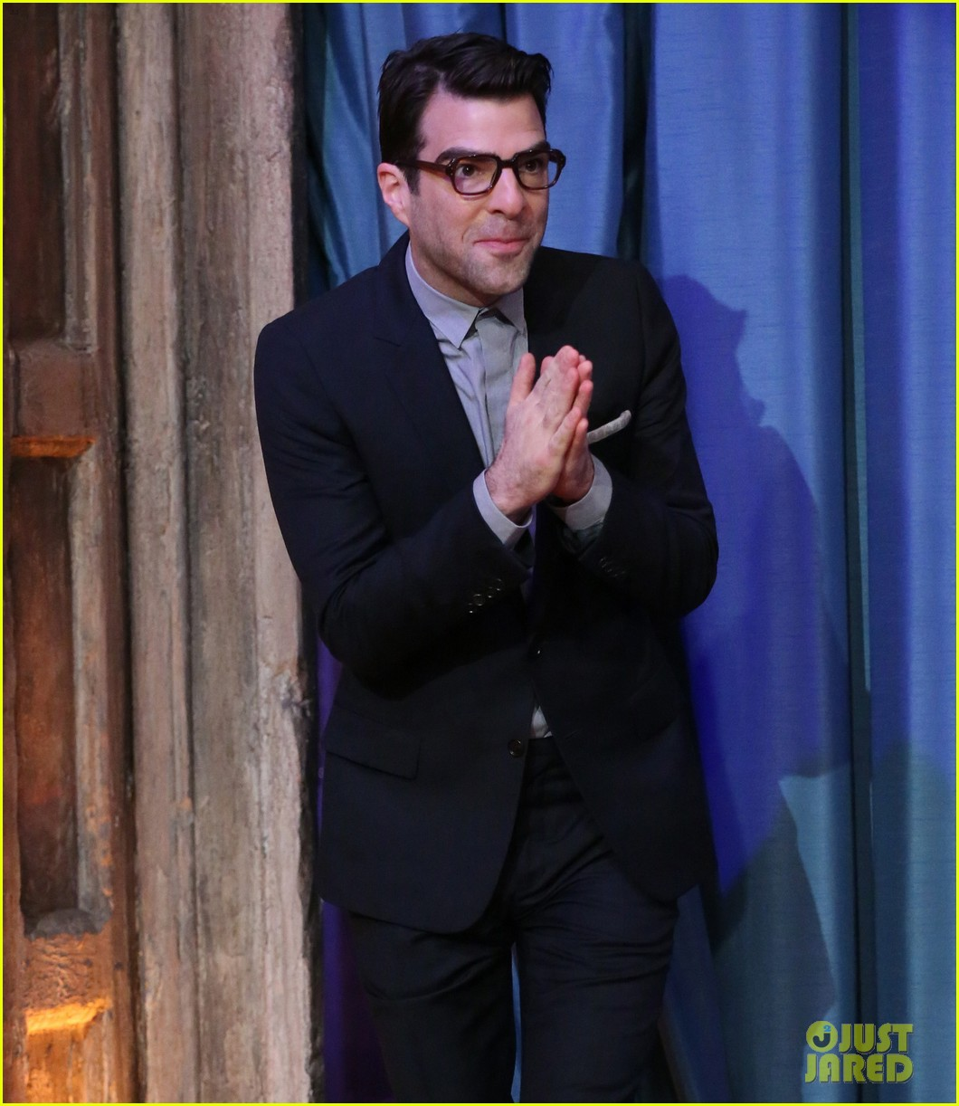 zachary quinto lucy liu play catchphrase on jimmy fallon 122986975