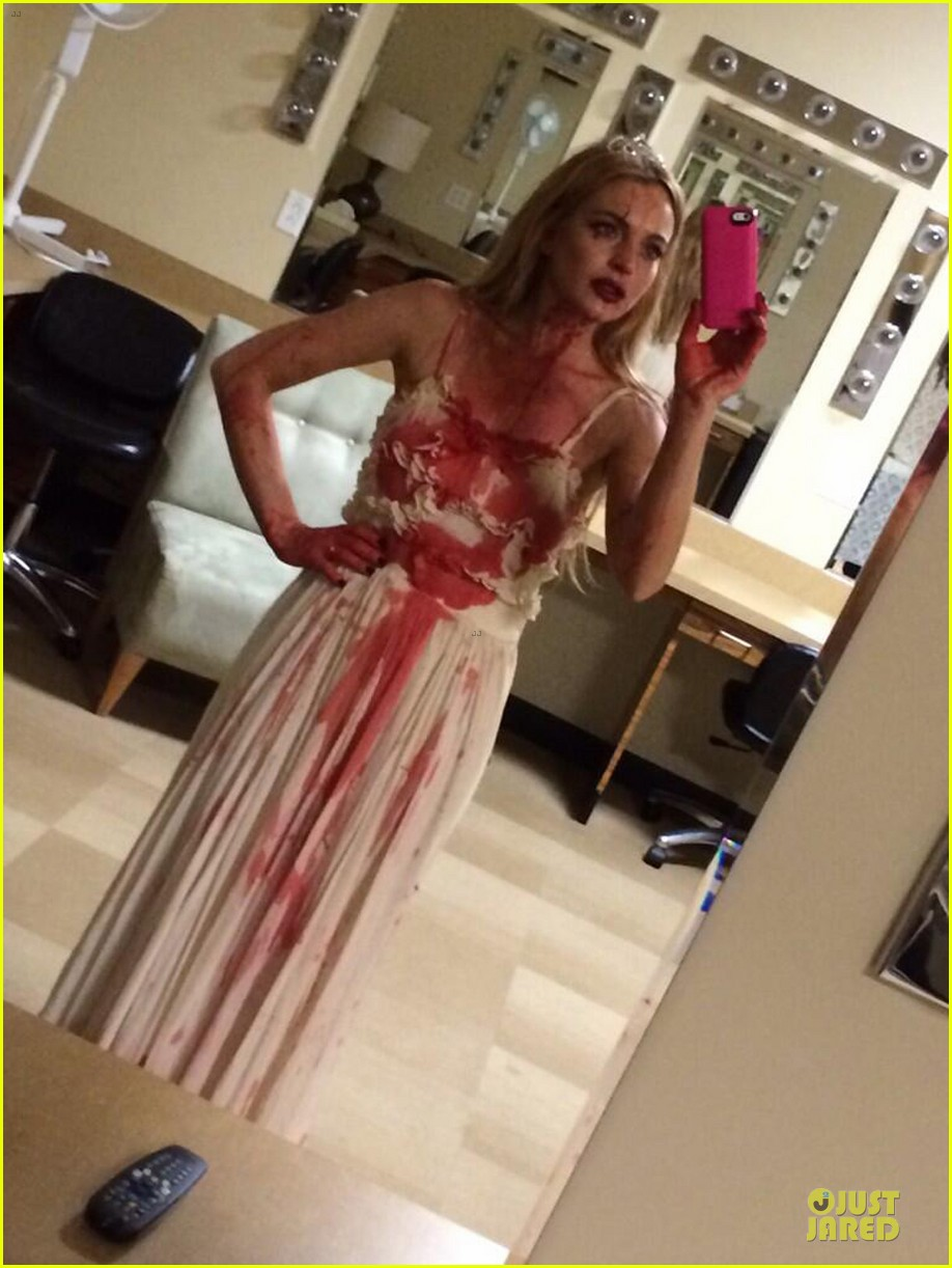 lindsay lohan channels carrie for halloween party 032984604