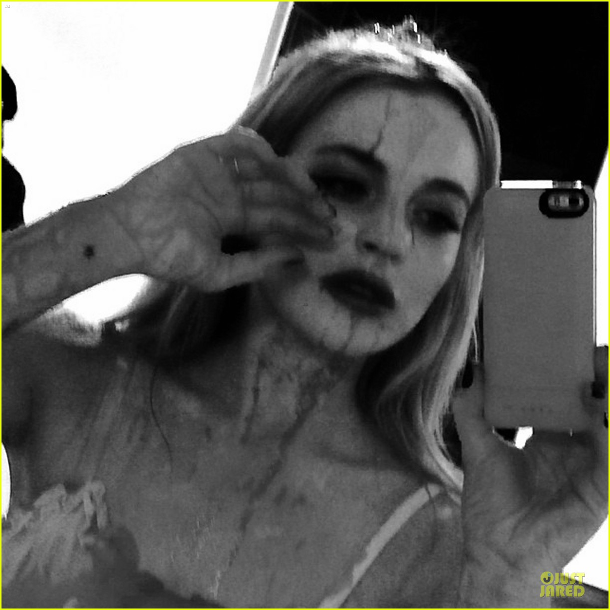 lindsay lohan channels carrie for halloween party 052984606