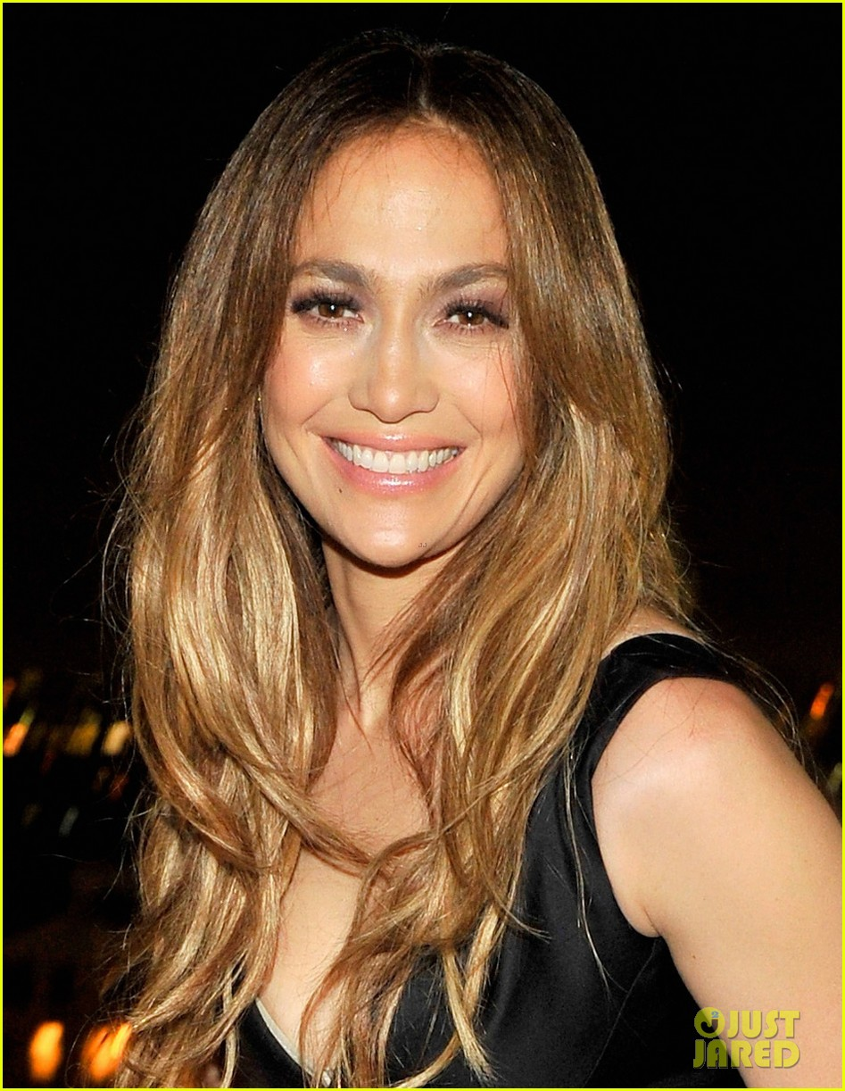 jennifer lopez dsquared2 dinner following the amas 2013 032999879