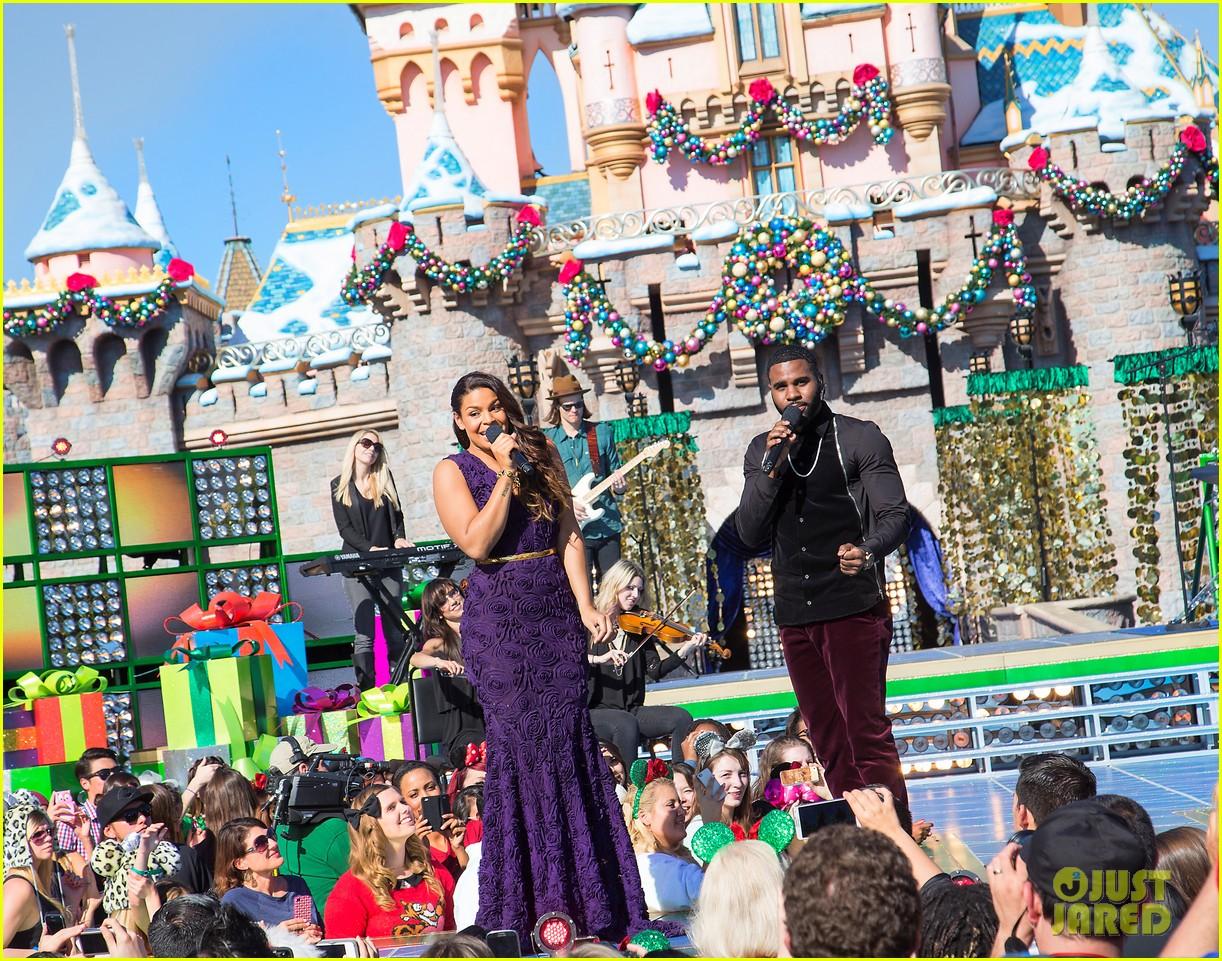 demi lovato jordin sparks disney christmas parade taping 012989621