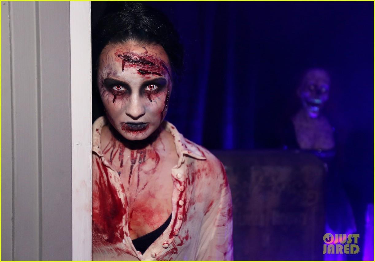 demi lovato dead zombie halloween costume 2013 16
