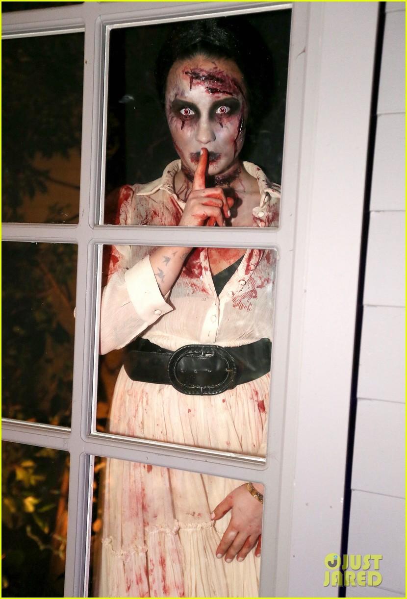 demi lovato dead zombie halloween costume 2013 17
