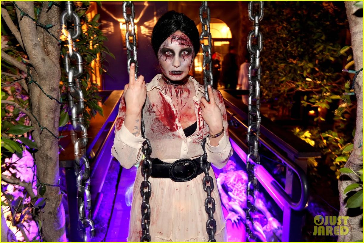 demi lovato dead zombie halloween costume 2013 202984129