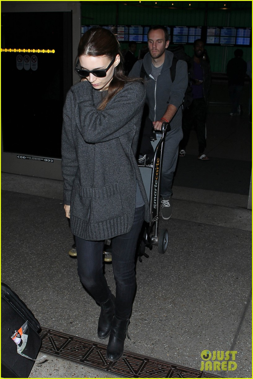 rooney mara back in america after her rome premiere 032991131