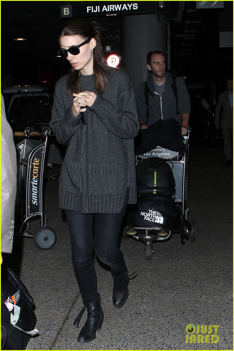 rooney mara back in america after her rome premiere 112991139