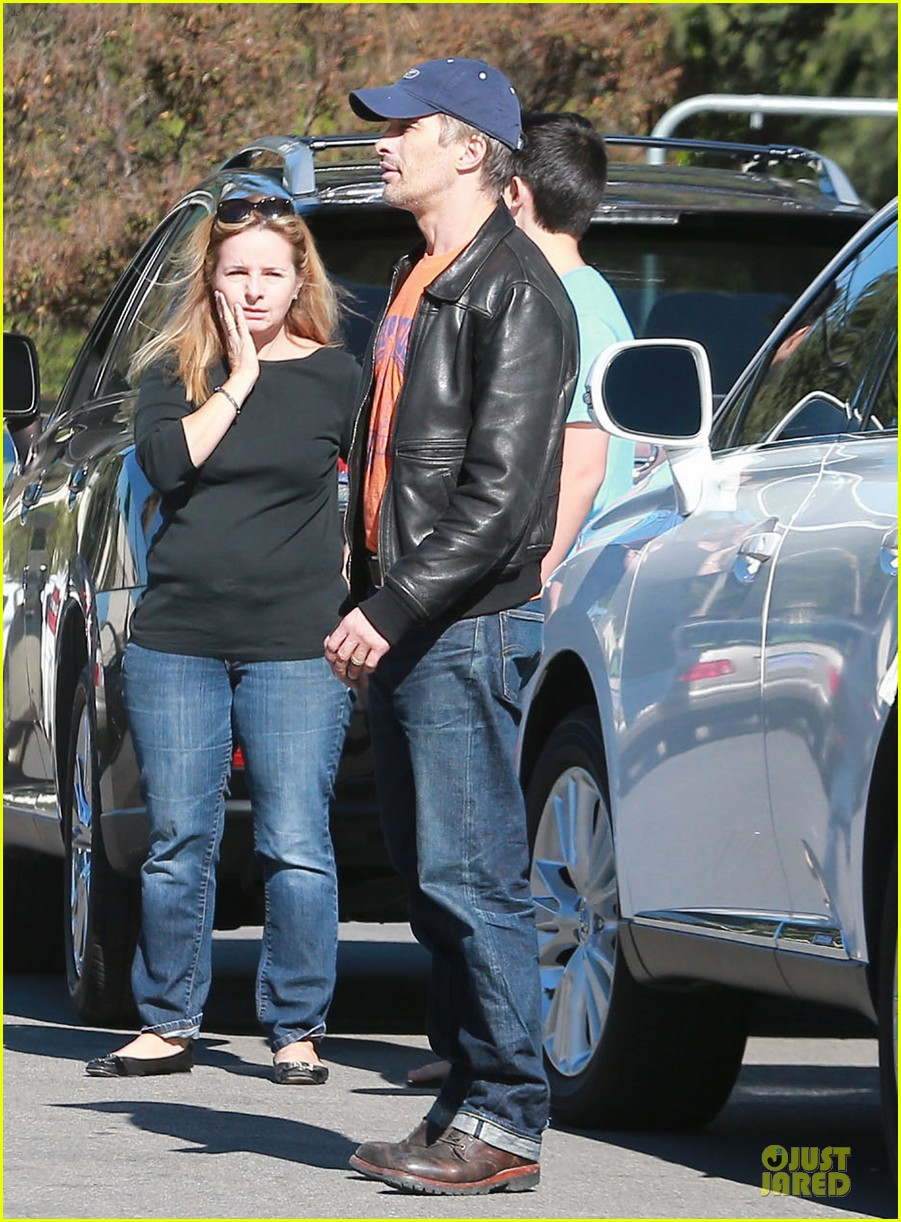 olivier martinez fender bender in studio city 143000289