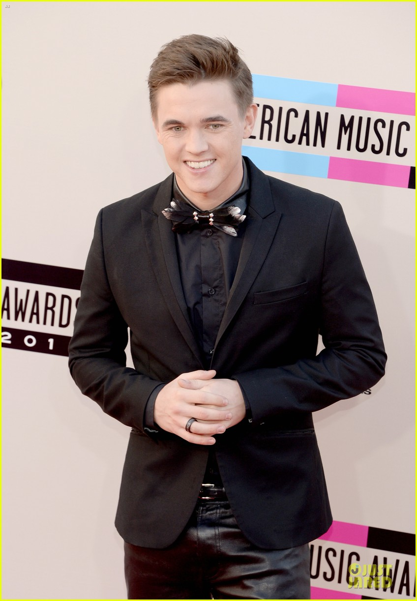 jesse mccartney amas 2013 red carpet 112999196