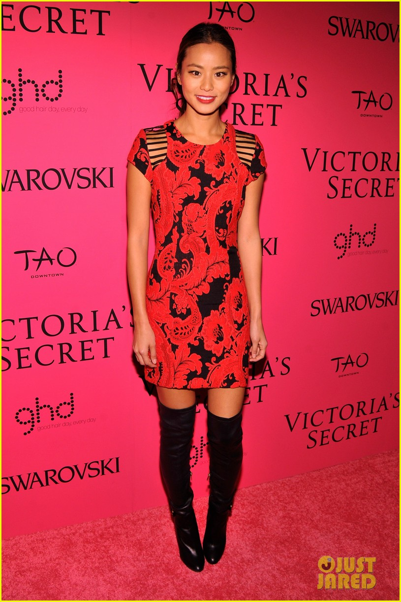 dylan mcdermott jamie chung victorias secret fashion show after party 2013 112992582