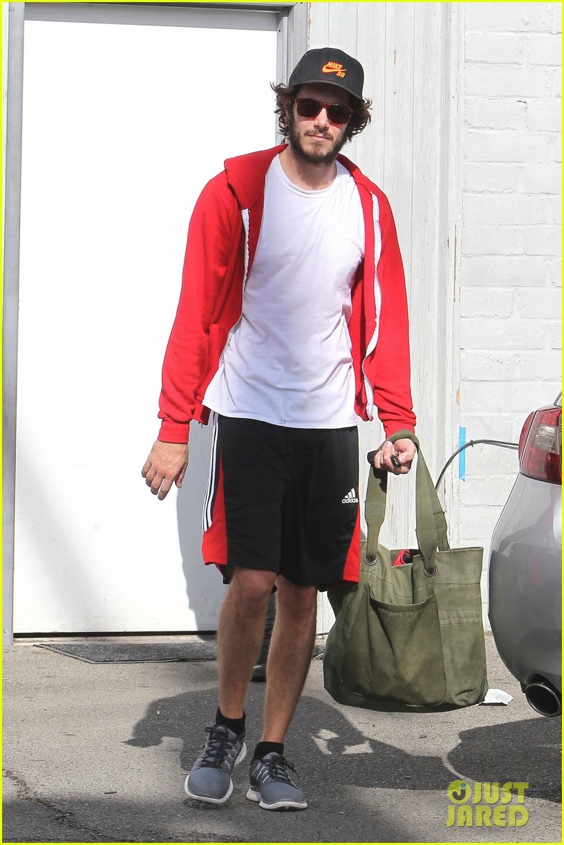 leighton meester adam brody step out after engagement 052997523