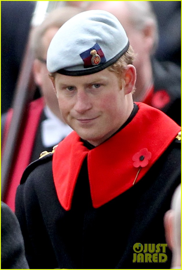kate middleton prince william poppy day appeal 032987506
