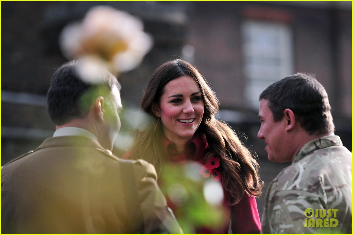 kate middleton prince william poppy day appeal 052987508