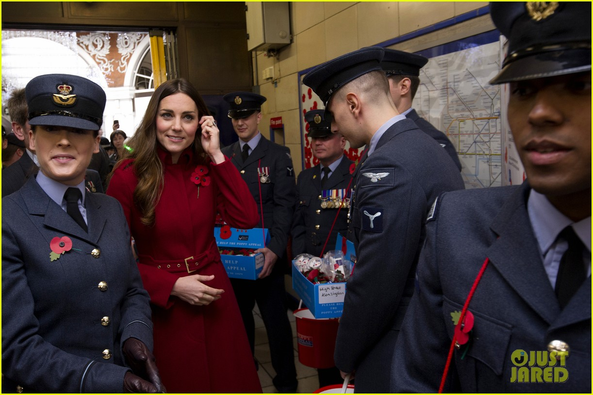 kate middleton prince william poppy day appeal 152987518