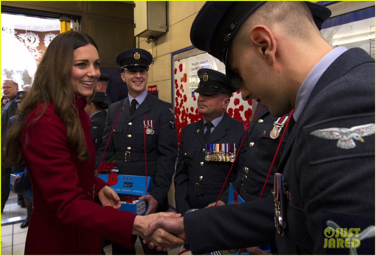 kate middleton prince william poppy day appeal 162987519