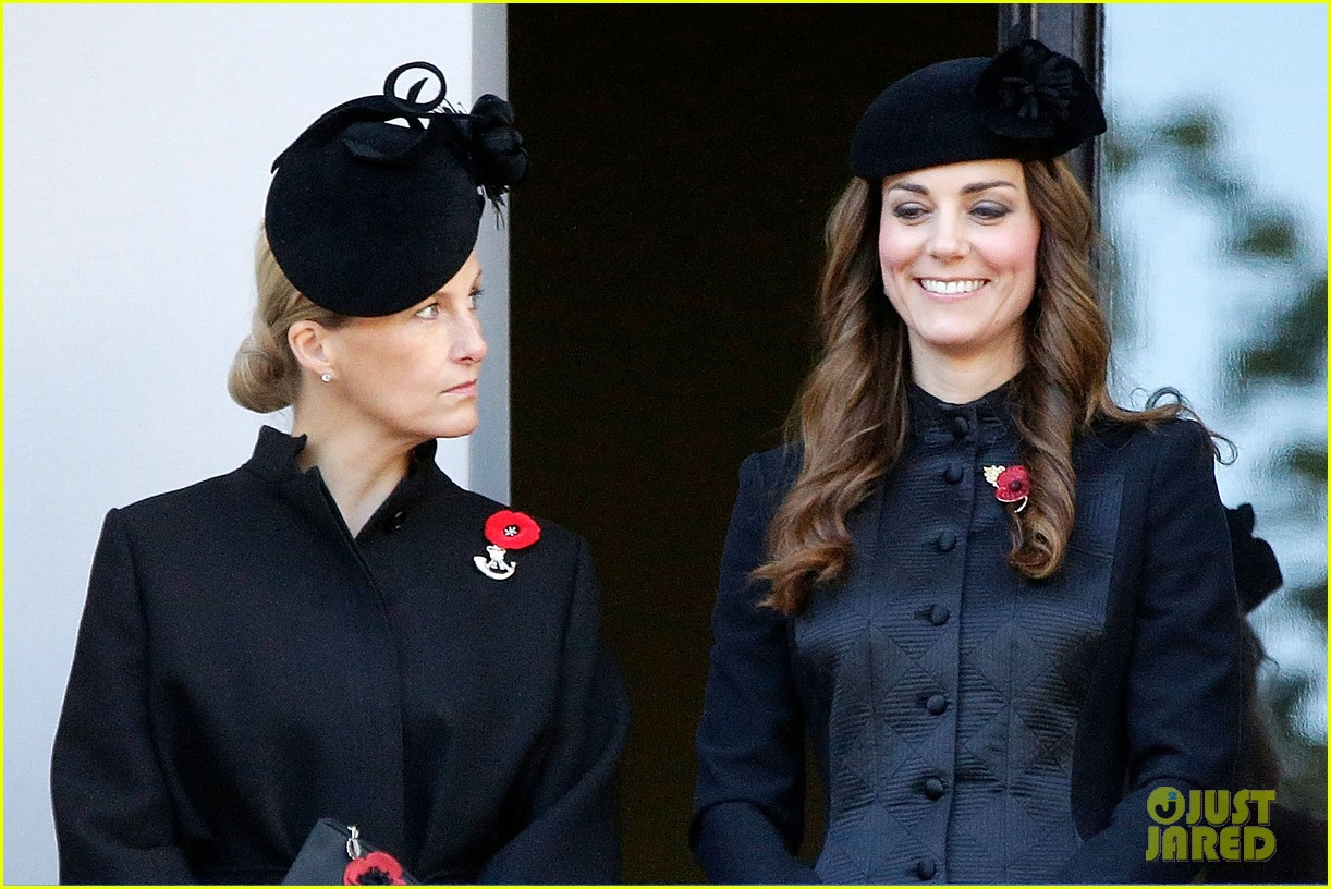 kate middleton prince william remembrance sunday sevice 032989710