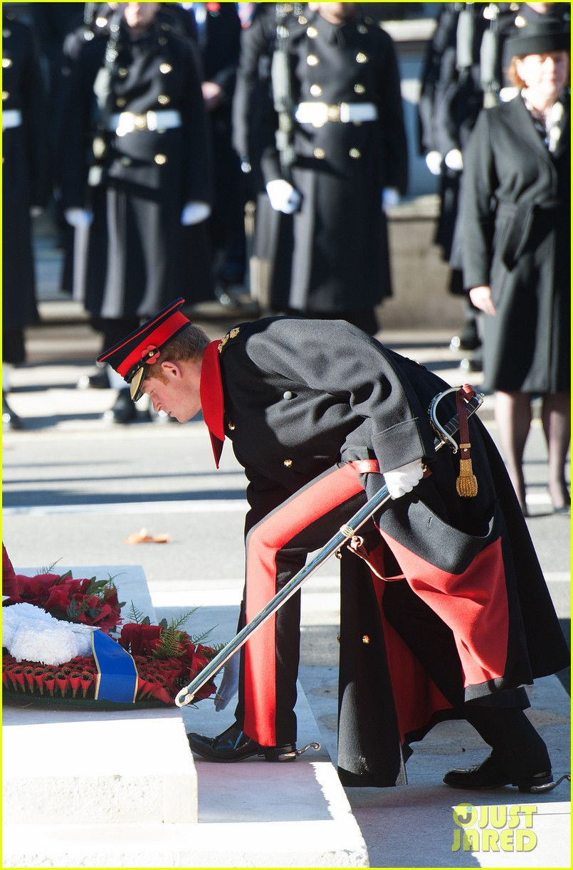 kate middleton prince william remembrance sunday sevice 042989711