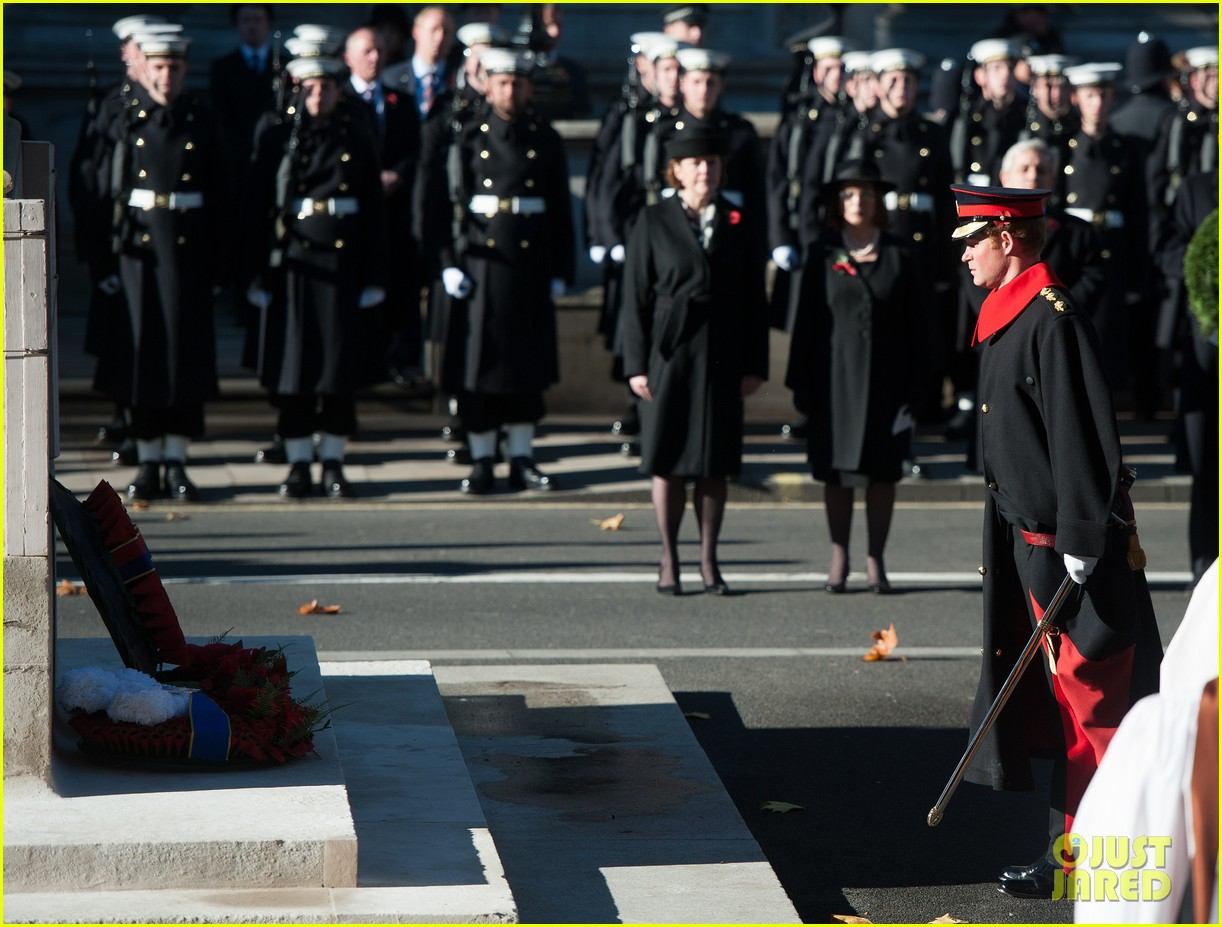 kate middleton prince william remembrance sunday sevice 172989724