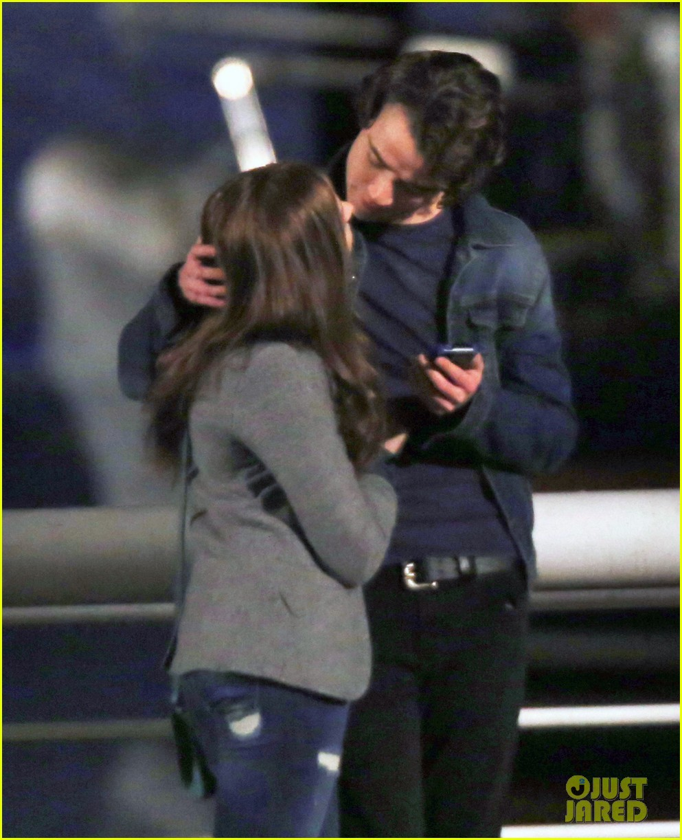 chloe moretz kisses co star jamie blackley on set 253001249