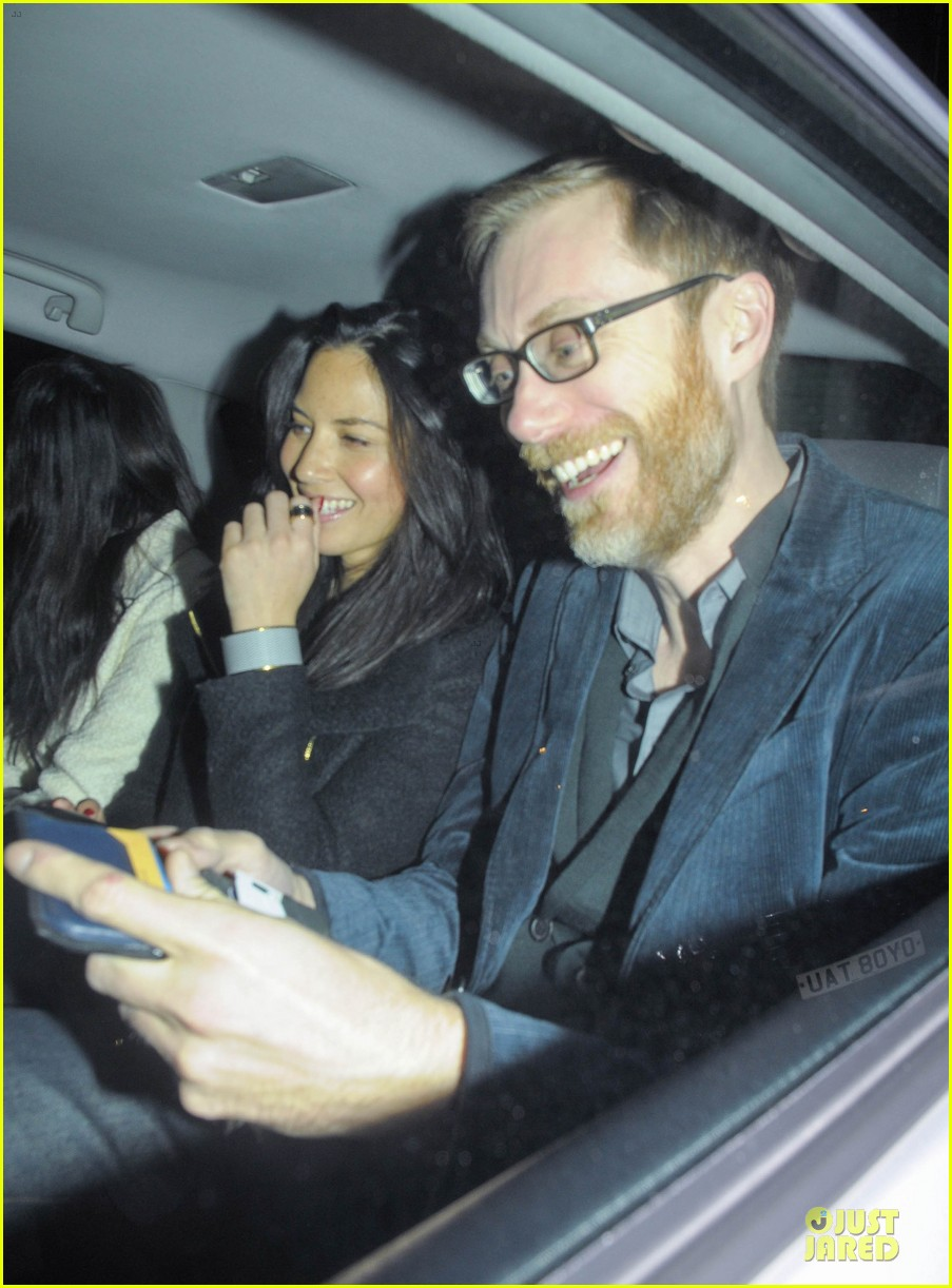 olivia munn groucho club with stephen merchant 02