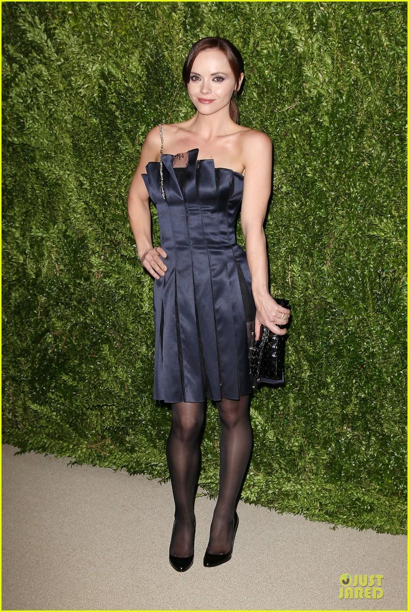 ashley olsen julianne moore cfda fashion fund finalists celebration 082990876